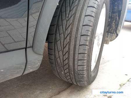 Revise el dibujo de los neumáticos antes de la VTV